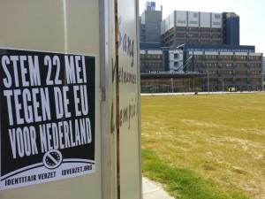 Posters opgehangen rondom de E.U. verkiezingen.
